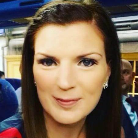 Lorna Vallender Wedding hairstylist